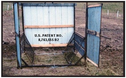 Wastless Hay Feeder for Horses