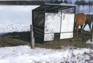 used-horse-feeder